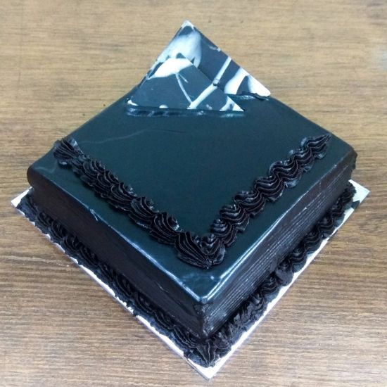 Chocolate Truffle cakes in Ahmedabad