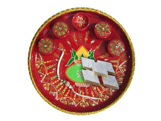 Gift rakhi hamper for brother in Surat.