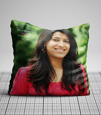 Personalized photo pillow (Love You Sis )
