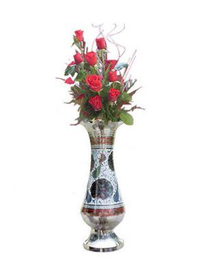 Flowers in vase, Ahmedabad.